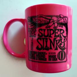 Ernie-Ball-Super-Slinky-Mug-Pink