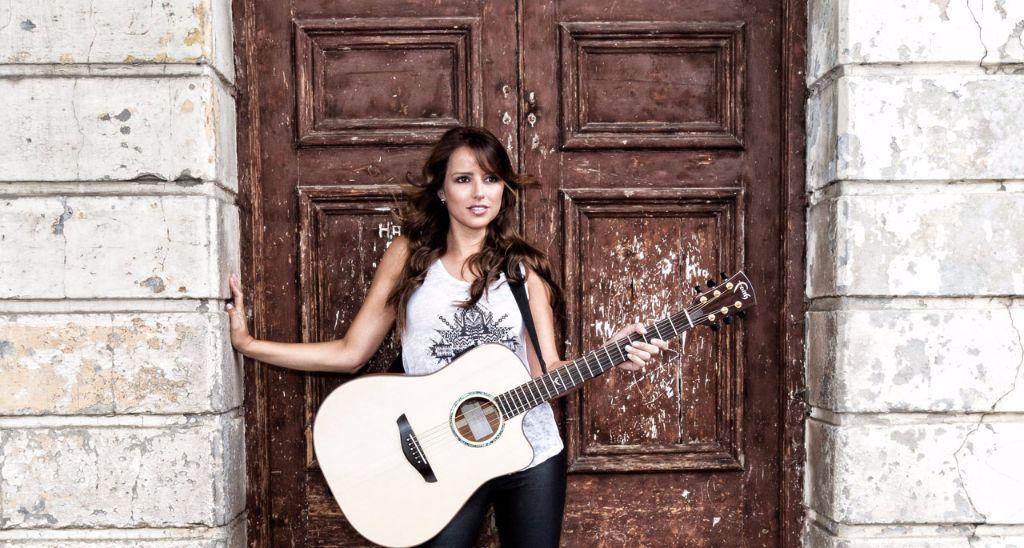 Faith Guitars - Louise Day