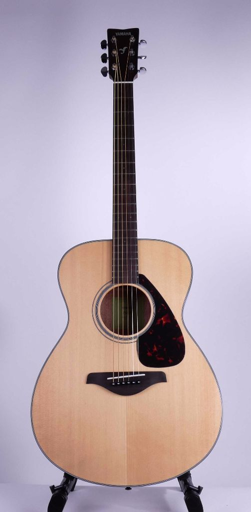 yamaha fs800 small body acoustic guitar natural live louder. Black Bedroom Furniture Sets. Home Design Ideas