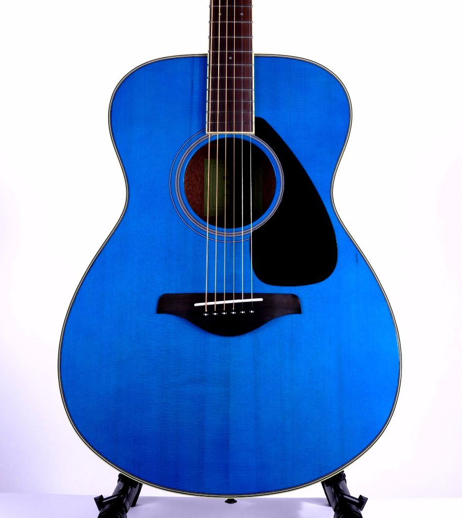 Yamaha Fs820tq Small Body Acoustic Guitar Turquoise