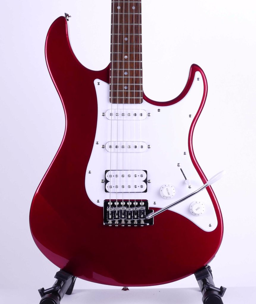yamaha pacifica 012 red metallic live louder. Black Bedroom Furniture Sets. Home Design Ideas