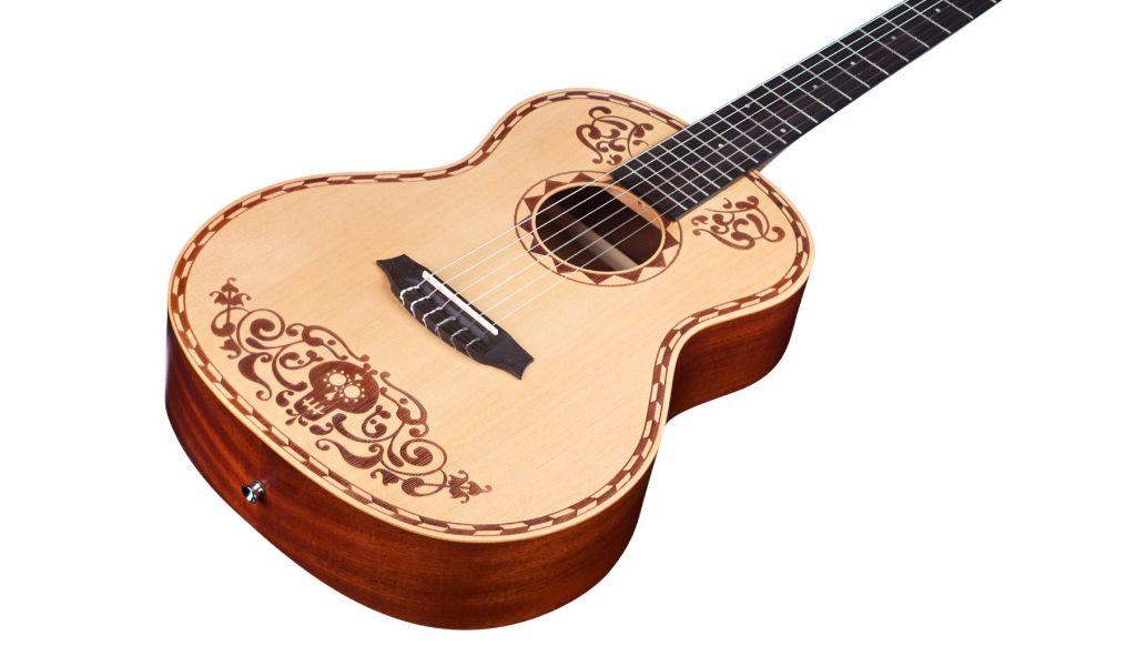 Cordoba Disney-Pixar Coco Guitar